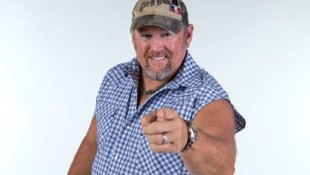 Larry The Cable Guy: Remain Seated Comedy Tour  Coming to Hard Rock Event Center