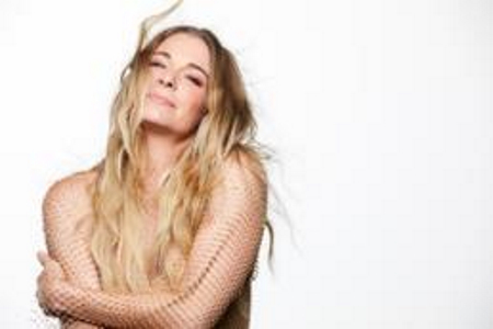 Seminole Casino Hotel Welcomes Country Music Superstar LeAnn Rimes